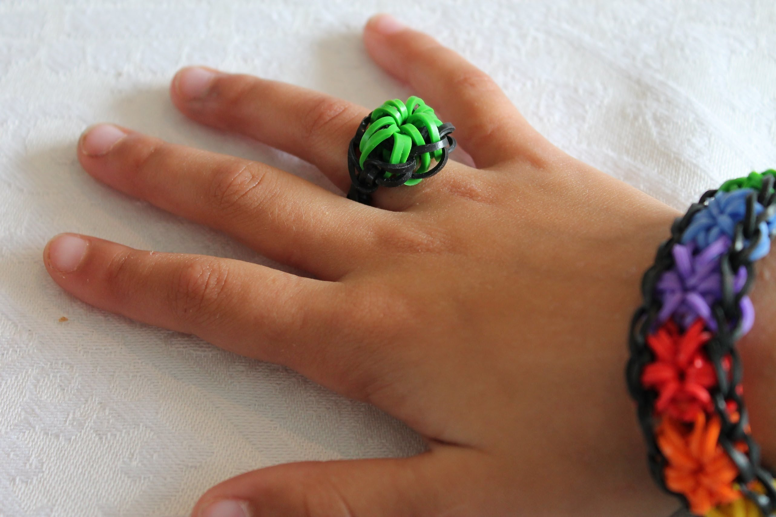 Creepy Colors Loom Ring