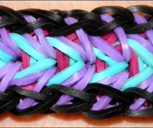 Advanced Feather Bracelet Loom Tutorial