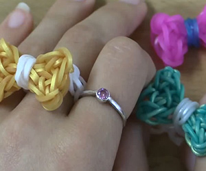 Bow Ring Loom Tutorial