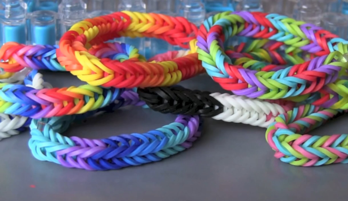 Inverted Fishtail Loom Bracelet Tutorial